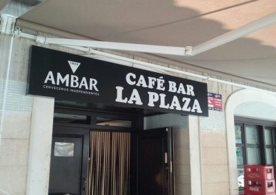 Cafe Bar La Plaza